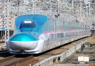 新幹線:出典:http://free-images.gatag.net/tag/e5-series-shinkansen